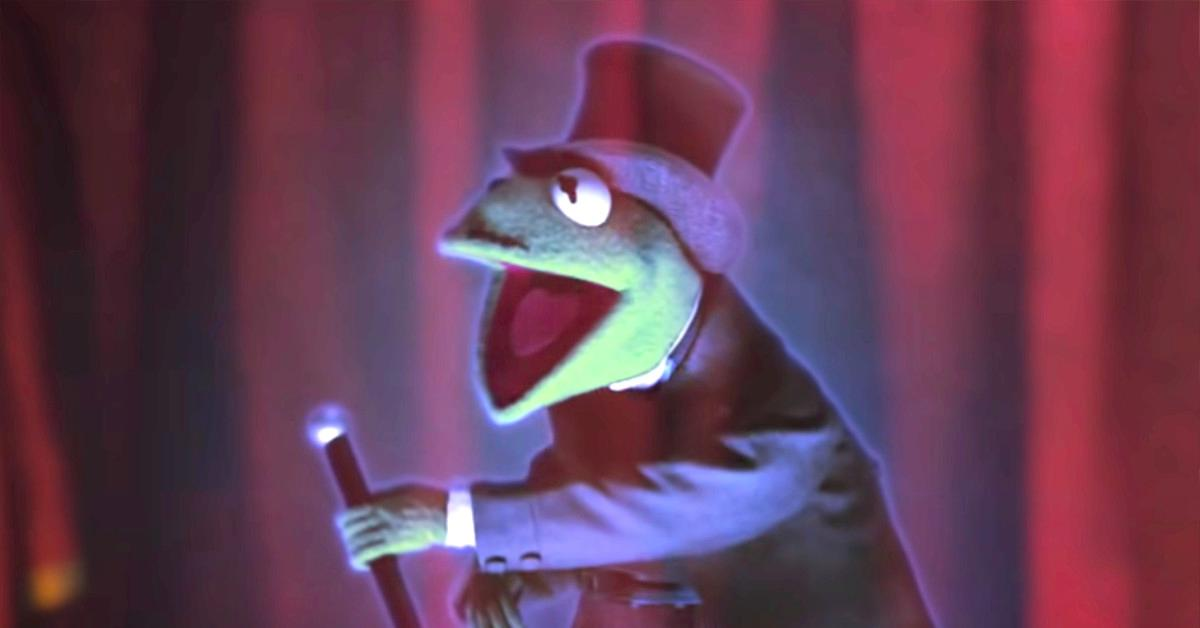 """Kermit in """"Muppets Haunted Mansion"""""""