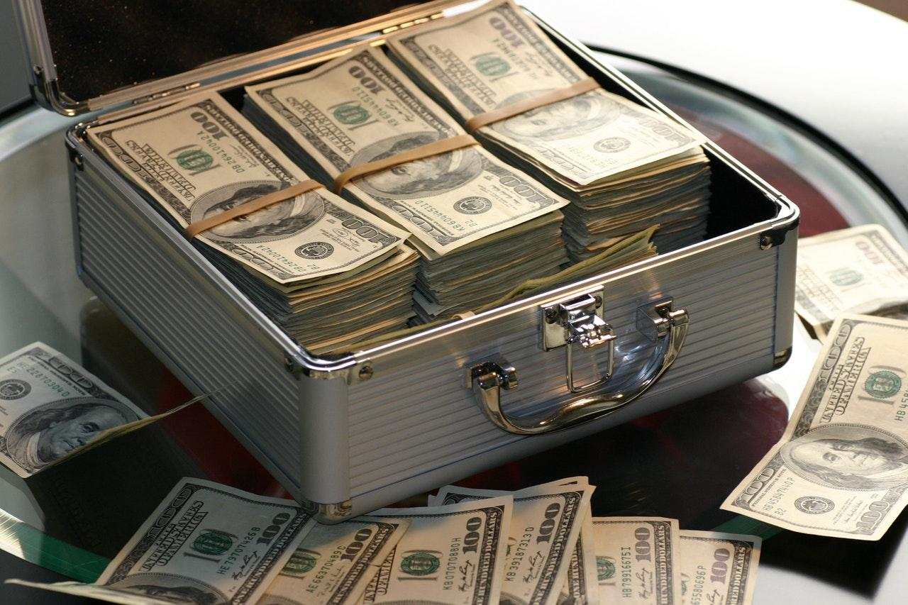 uploads///bank banking banknotes