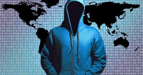 uploads/2018/11/hacker-1446193_960_720.jpg