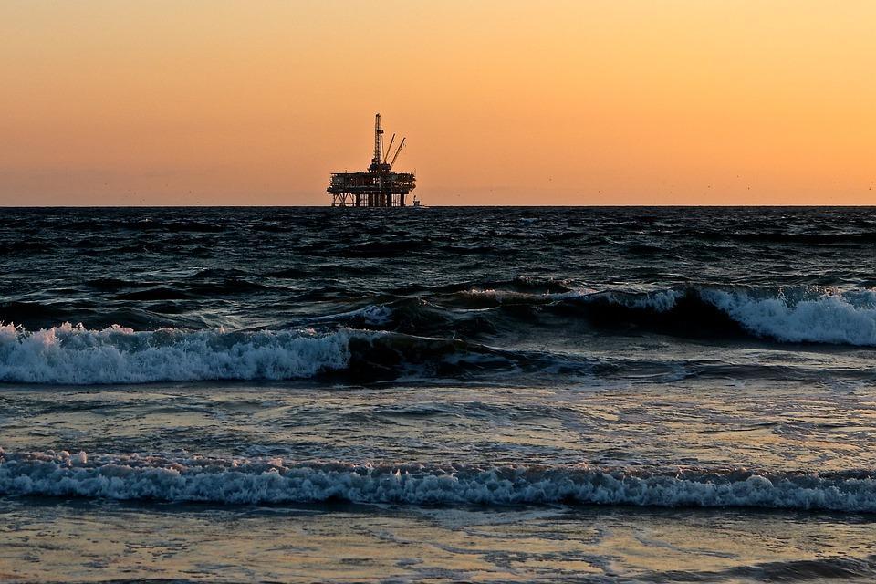 uploads///oil rig __
