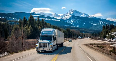 uploads/2019/09/Daimler-self-driving-truck.jpg