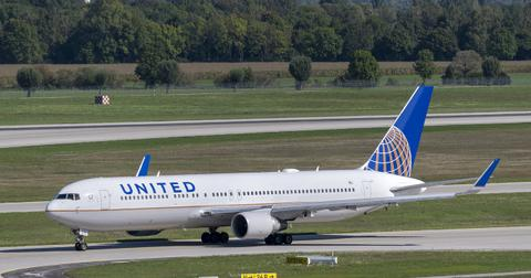 uploads/2020/07/united-airlines-5249634_1280.jpg