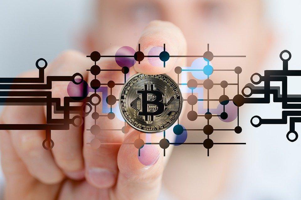 bitcoin-2643159_960_720-1600332990998.jpg