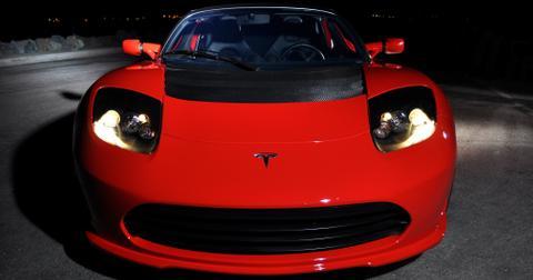 uploads/2019/07/Roadster2.5nite.jpg