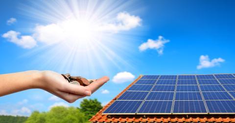uploads/2019/10/Solaredge-stock.jpeg