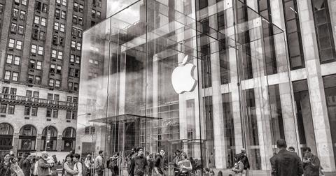 uploads/2019/12/5th-avenue-america-apple-store-architecture-279166.jpg