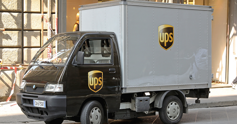 uploads/2019/12/UPS-Delivery.png
