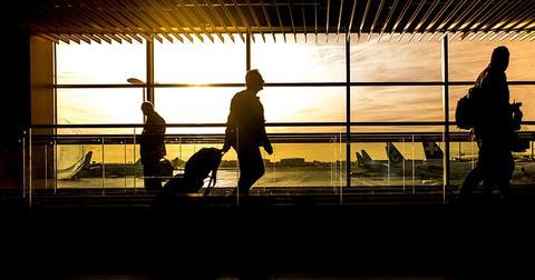 uploads/2019/06/airport-1822133_640-1.jpg