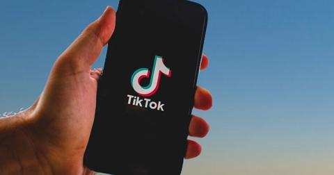 China New Restrictions Slow ByteDance TikTok Deal