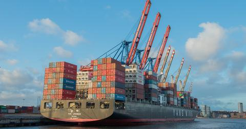 uploads/2019/05/container-ship-596083_1280.jpg