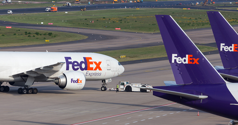 uploads/2019/10/FedEx-Stock.png