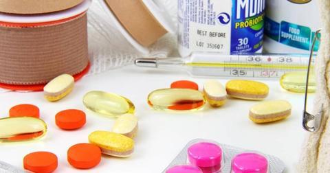 uploads/2018/06/aid-bandage-bottle-capsule.jpg