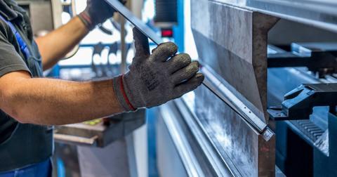 uploads/2020/05/US-steel-industry-tariffs.jpg