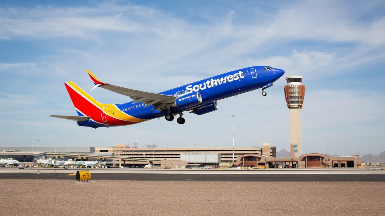 is southwest airlines stock a buy