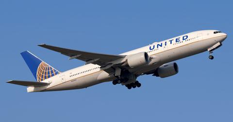 united-airlines-to-furlough-16000-workers-1599139773984.jpg