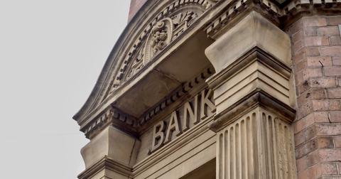 uploads/2019/10/Banks.jpeg