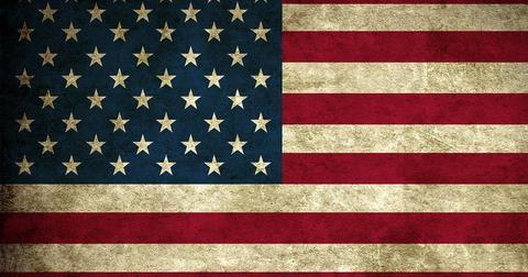 uploads/2018/10/american-flag-2260839_960_720.jpg