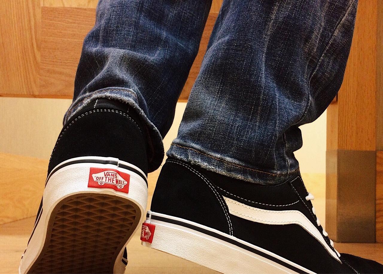 uploads///sneakers _