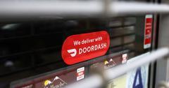 Doordash delivery service sign