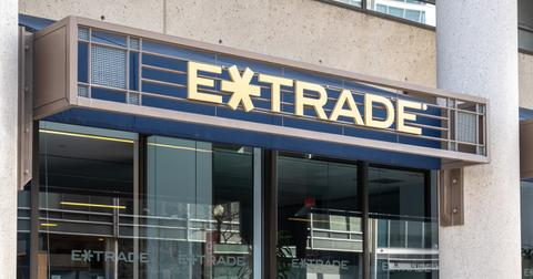 how-etrade-works-1596041673704.jpg