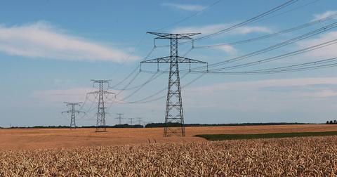 uploads/2019/02/electricity-384198_1280.jpg