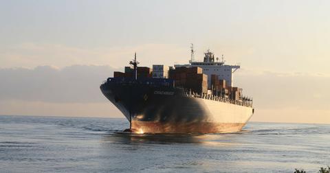 uploads/2018/07/freighter-315201_1280.jpg