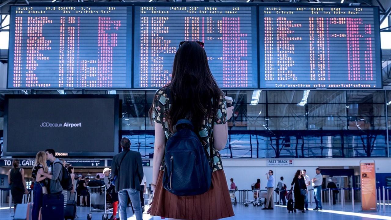 uploads///airport transport woman girl