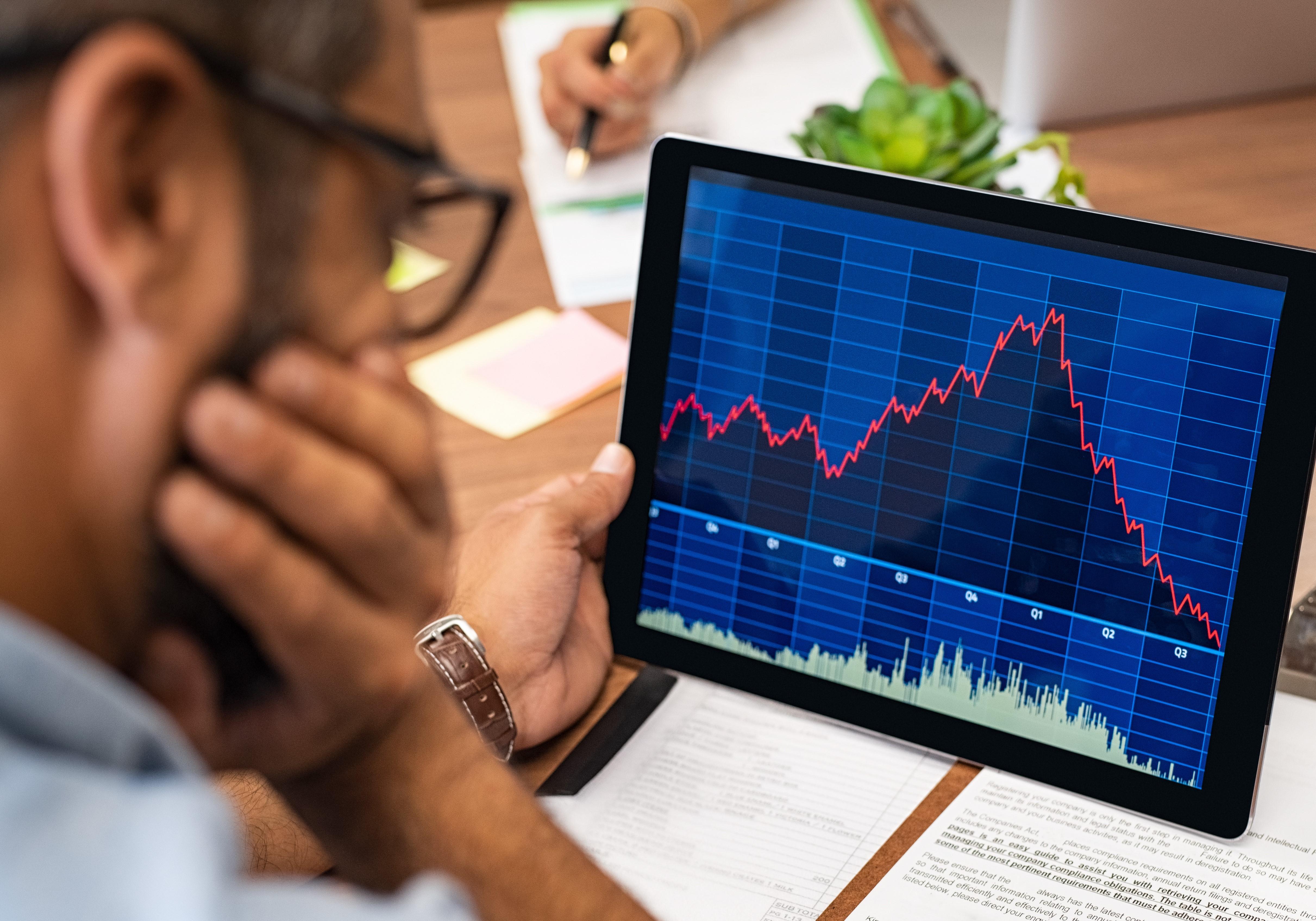 uploads///Warren Buffett US stocks fall
