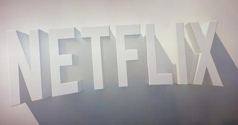 uploads/2019/11/Netflix-Disney-3.jpeg