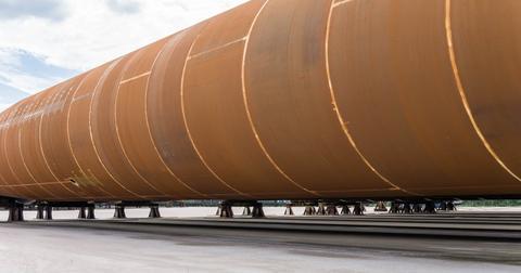 uploads/2019/01/pipeline-1396613_1280.jpg