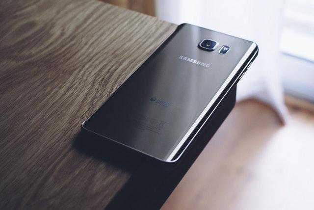 uploads///electronics samsung edge smartphone