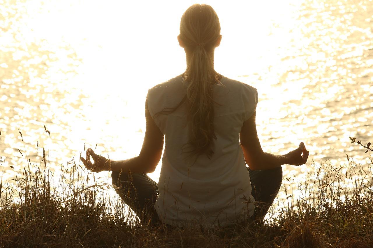 uploads///meditate _