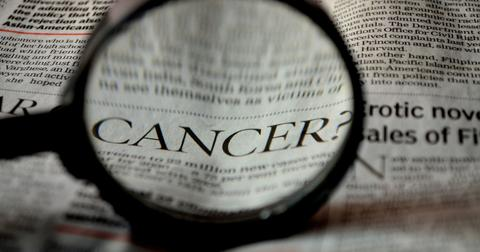 uploads/2018/04/cancer-389921_1920.jpg