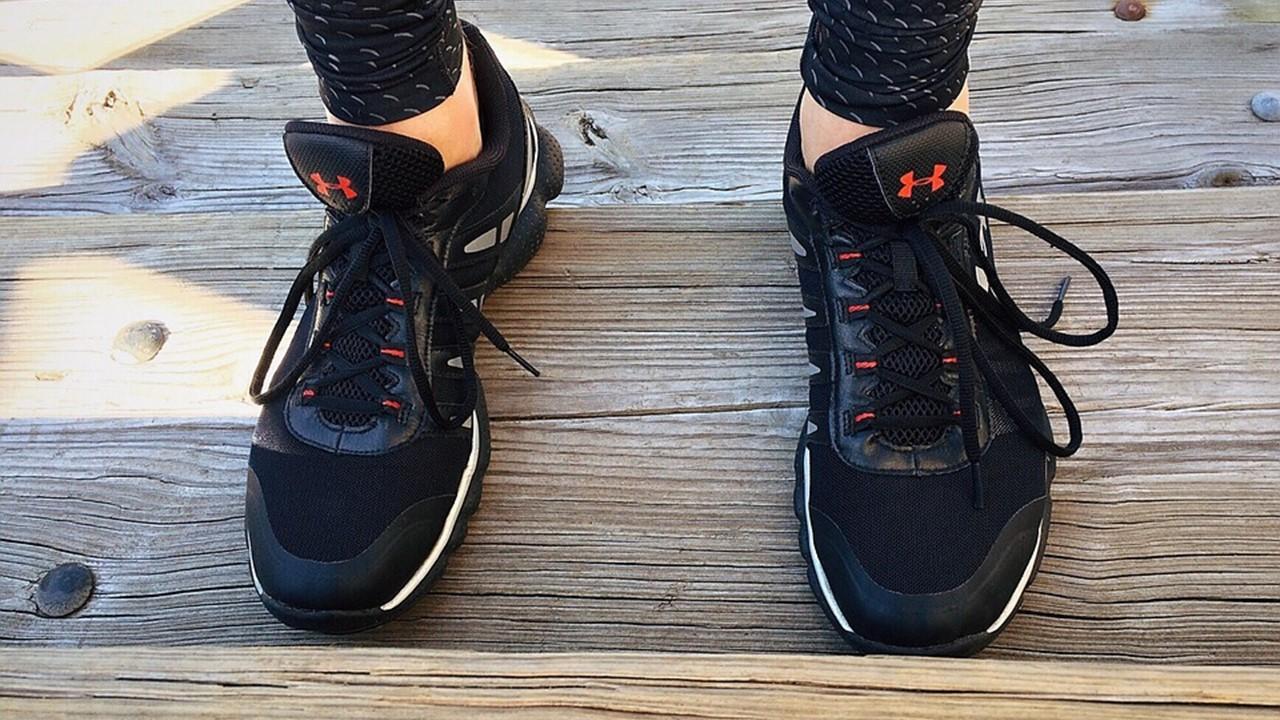 uploads///run runner fitness workout gear