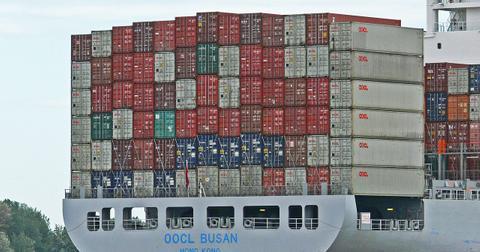 uploads/2018/05/container-2380546_1280.jpg