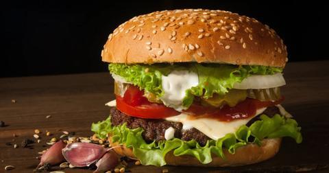 uploads/2020/04/jack-in-the-box-burger.jpg