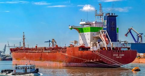 uploads/2018/03/vessel-2650704_1920.jpg