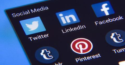 uploads/2020/07/social-media-1795578_1280.jpg