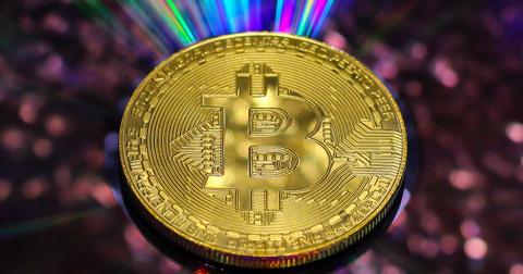 uploads/2018/05/currency-3341499_1280.jpg