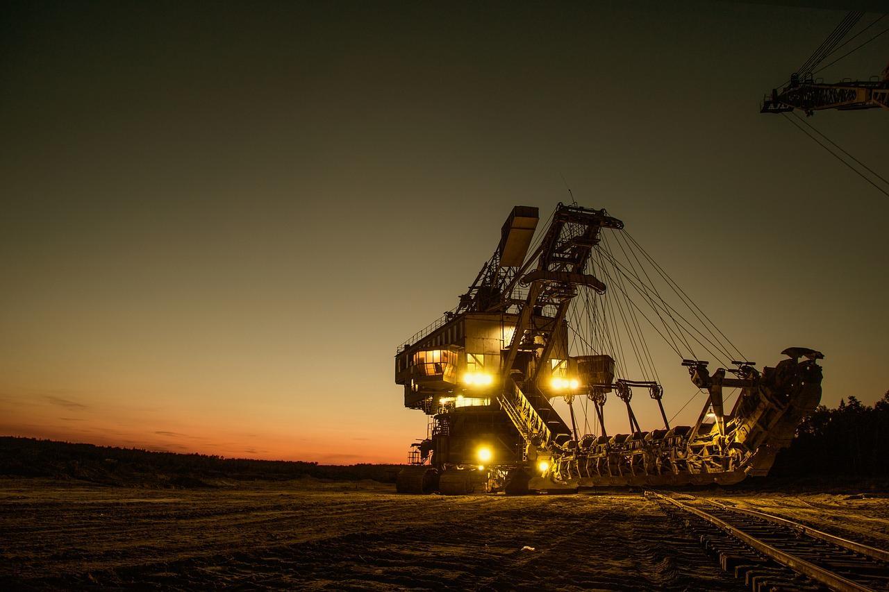 uploads///mining excavator _
