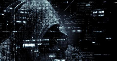 uploads/2019/04/hacker-2300772_1920.jpg