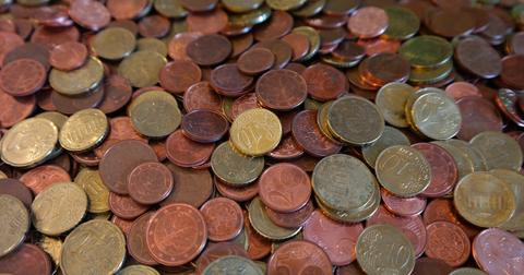 uploads/2019/02/coins-232010_1280.jpg