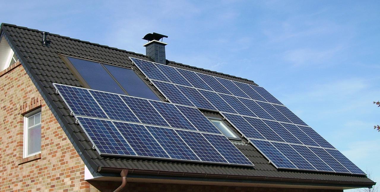 uploads///solar panel array _