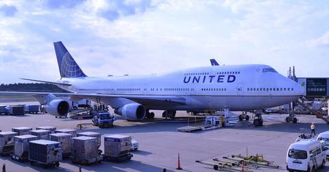 uploads/2019/02/airplane-1155134_1280.jpg