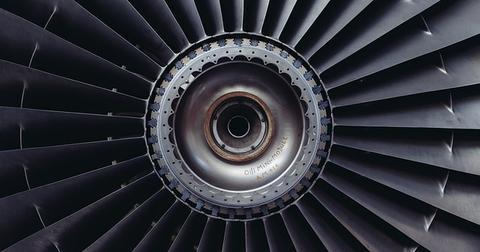 uploads/2019/01/jet-engine-371412_640.jpg
