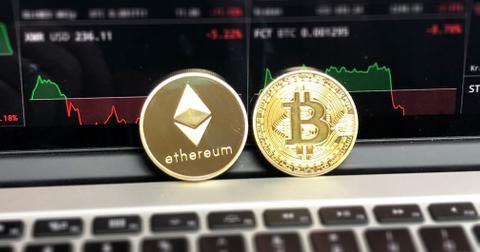 uploads/2019/06/bitcoin-blockchain-coins-730569.jpg