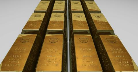 uploads/2018/08/gold-bullion-163553_1280.jpg