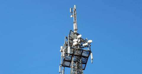 uploads/2019/04/transmission-tower-1017155_1280.jpg