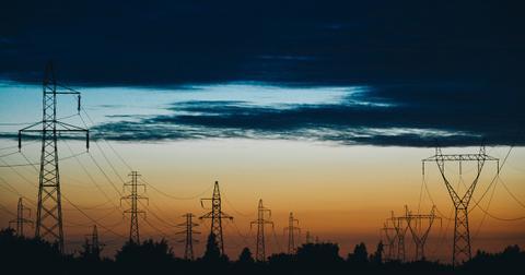 uploads/2019/05/power-lines-823622_1280-2.jpg