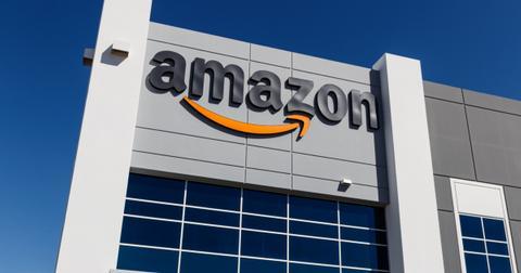 amazon-building-1601041360756.jpg
